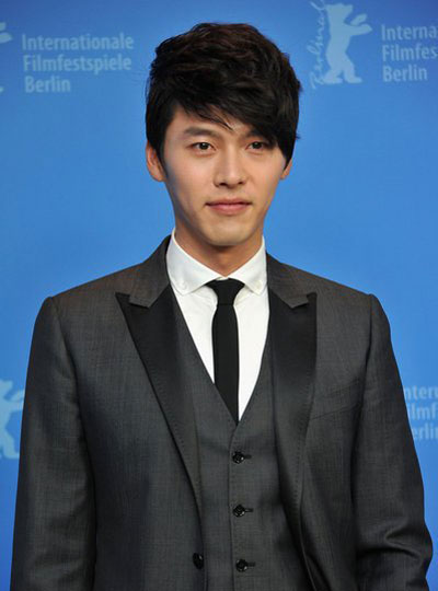 "exo吴亦凡……长腿肩宽的""欧巴""们穿上笔挺的西装"