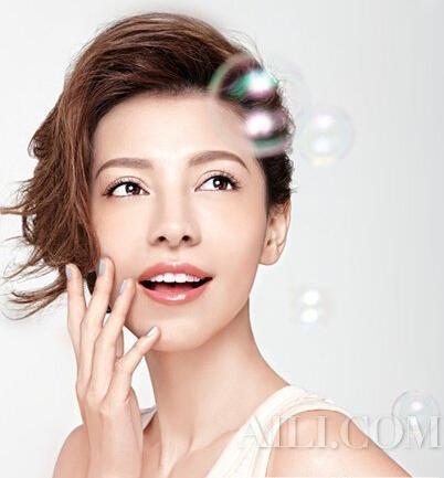 化对妆容显瘦十斤 不可不学的化妆术