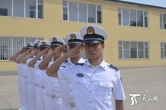 海军战士哈斯铁尔:新疆儿子娃娃的幸福军旅生