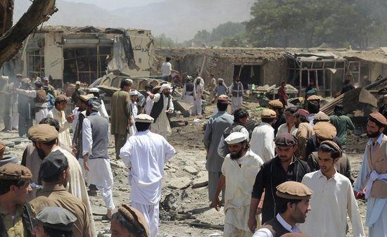 阿富汗一市场遭袭致89人死 塔利班否认负责