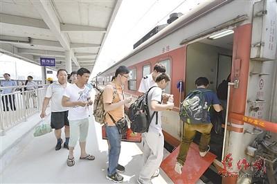 焦作火车站顺利转场运行 新月场开始改造
