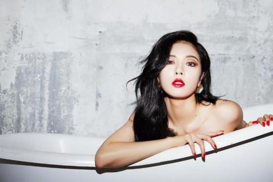 泫雅造型_泫雅性感造型拍新专辑宣传写真坐浴缸露美腿
