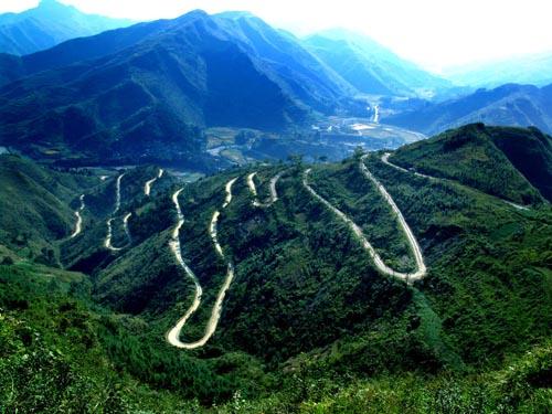 贵州农村公路 铺平新农村腾飞的跑道