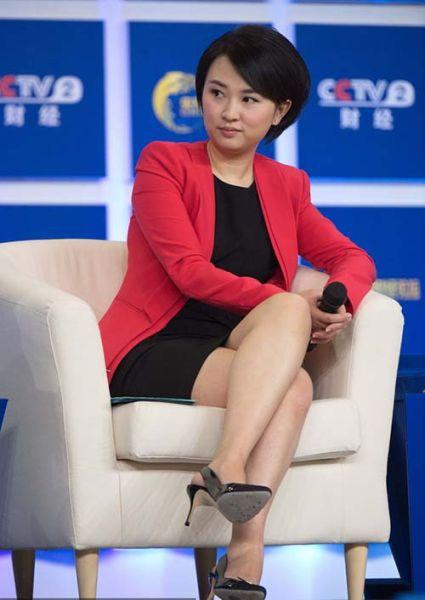央视财经频道女主播欧阳智薇 逾一月未在节目