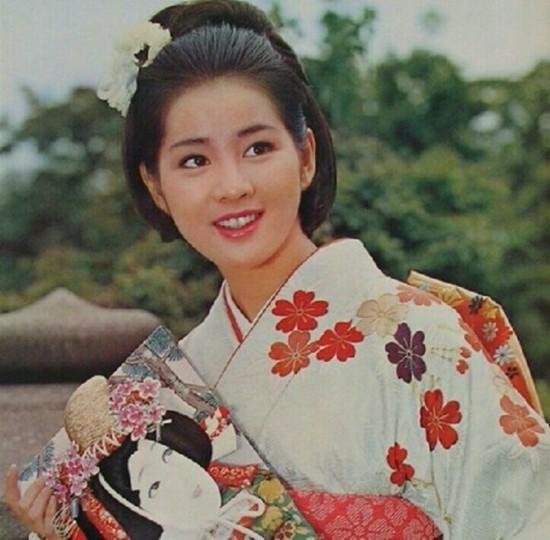 【组图·老照片】相册里泛黄的日本美女影星【