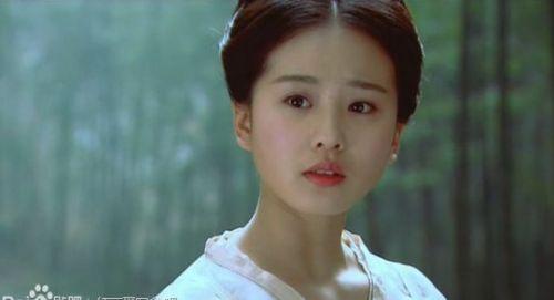 刘诗诗董璇舒畅 揭高人气无绯闻的低调明星