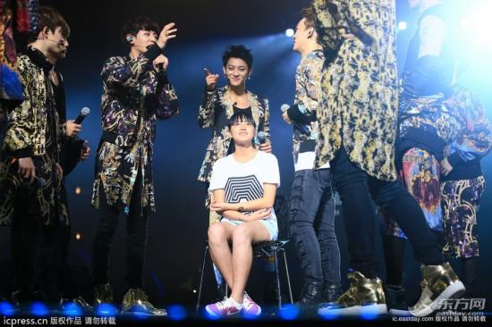 韩国男团EXO上海演唱会引爆热歌劲舞引全场尖叫