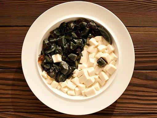 这12种食物竟然损智商 常吃松花蛋会铅中毒