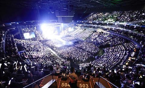 exo上海演唱会现场[网络图片]