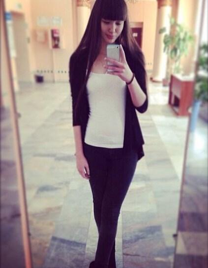 哈萨克女排17岁美女走红 甜美笑容迷死网友   哈萨克排球