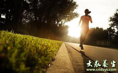清晨阳光有助减肥 早起的5个好处(1)