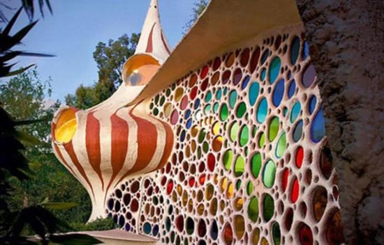 墨西哥建筑师打造梦幻鹦鹉螺房屋