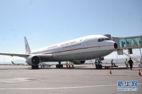 世界 客机/据阿尔及利亚航空公司一位管理人员7月24日证实,该公司当日失...