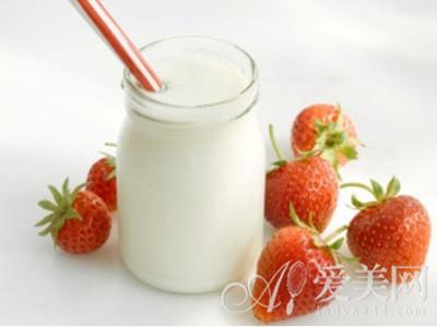 养生警惕:日常喝酸奶8大误区要避开