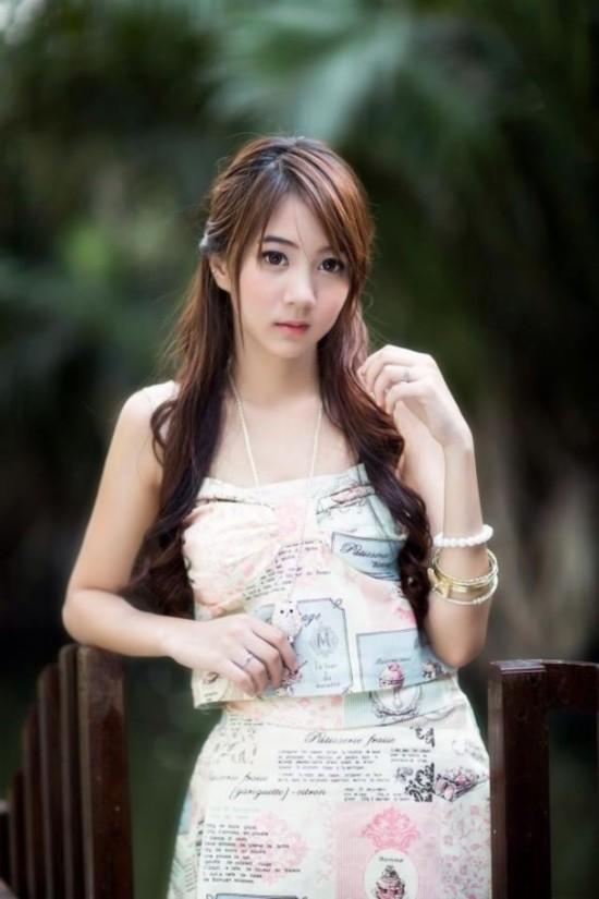 亚洲学生妹撸吧_泰国清纯妹子写真走红亚洲 学生妹写真太美了【11】
