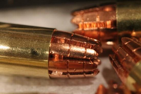 research研发,尾部8块刀片令子弹能射穿石膏板,铁板,玻璃等坚硬物