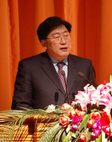 辽宁省政协副主席陈铁新涉严重违纪违法被免