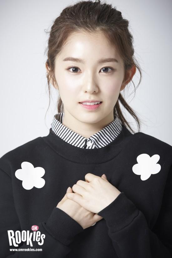 新女团Red Velvet成员有来头 姜涩琪狠甩EXO