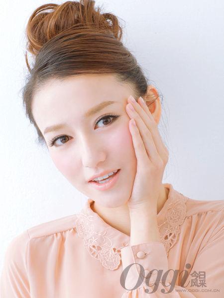 最佳护肤手法 用按摩来唤醒肌肤