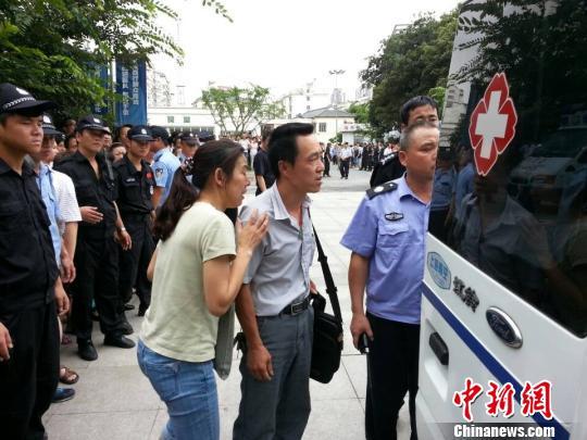 昆山爆炸案伤者众多部分正在往上海苏州方向转移