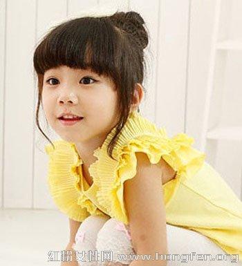 可爱小女孩如何盘发 儿童盘发发型图片