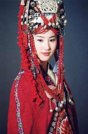 唐嫣范爷 女星古装新娘造型谁最美图片
