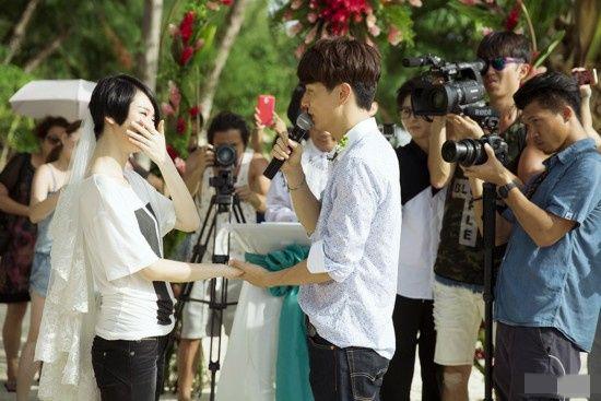 铉求婚视频_李承铉也是为此次求婚筹备了很久,不仅安排了戚薇的闺蜜偷偷\