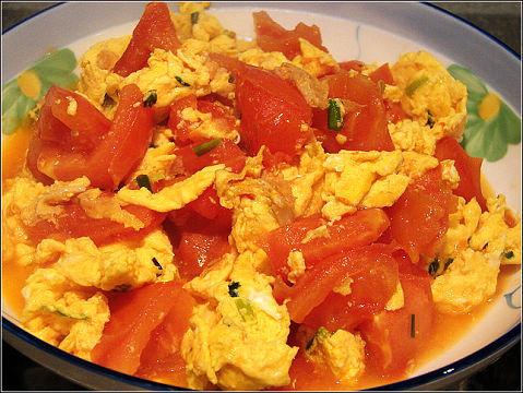 """饮食养生:炒鸡蛋一定要加两样""""宝"""""""