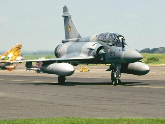 法军幻影2000战机训练时坠毁 3个月内坠毁3架