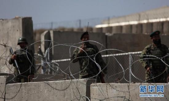 美国将军在阿富汗袭击事件中遭枪杀(图)