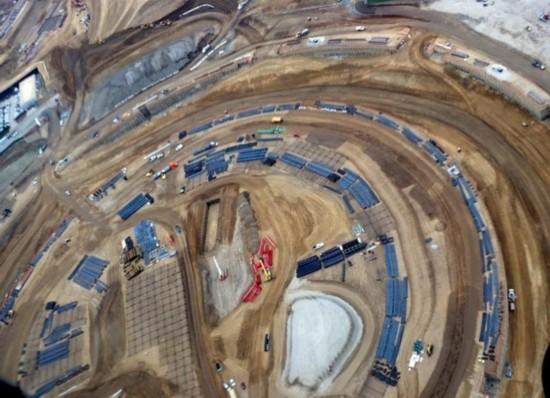 苹果新总部最新航拍照片 地基已打好