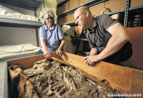 美国一大学发现6500年前人类遗骸被遗忘在地下室