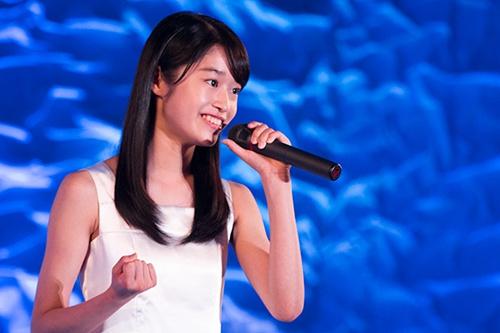 来自大阪的15岁中日混血少女门垣光获得演技部门奖。(日本《中文导报》)