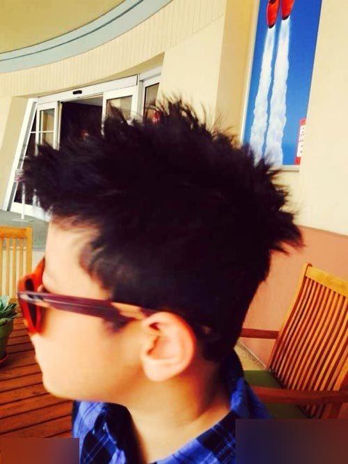 发型怎么样?