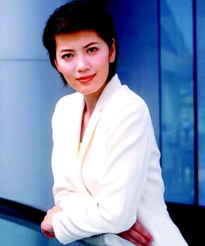 沈冰/沈冰曾是一代的央视知性美女主持人的代表,淡出主持界后也步入...