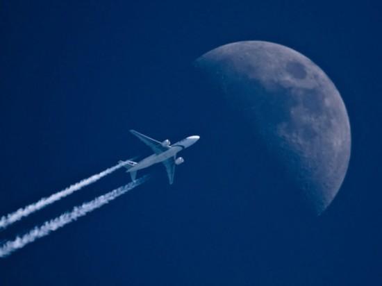 沐光飞行:超级月亮与飞行器【15】