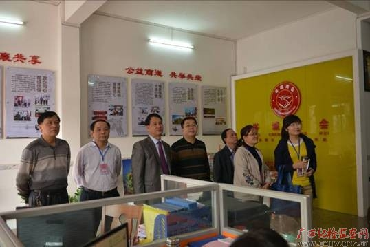 岑溪市:特邀监察员为非公经济发展把脉献策