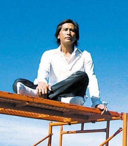 黄晓明称将 女神 赵薇放进回忆 揭明星的初恋回忆