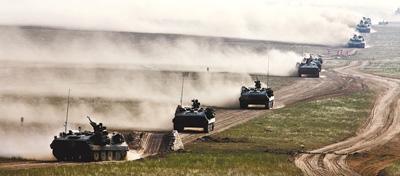 揭秘朱日和基地:解放军最现代化陆空训练地