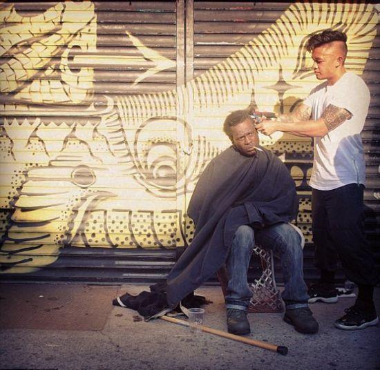 美发型师街头免费为流浪者理发回馈社会【组图】【7】