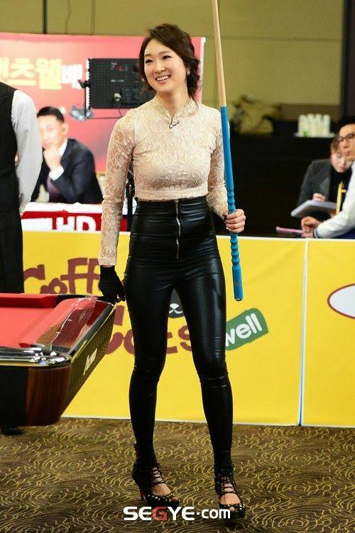 前韩国小姐打台球塑性感翘臀 大量私照曝光【