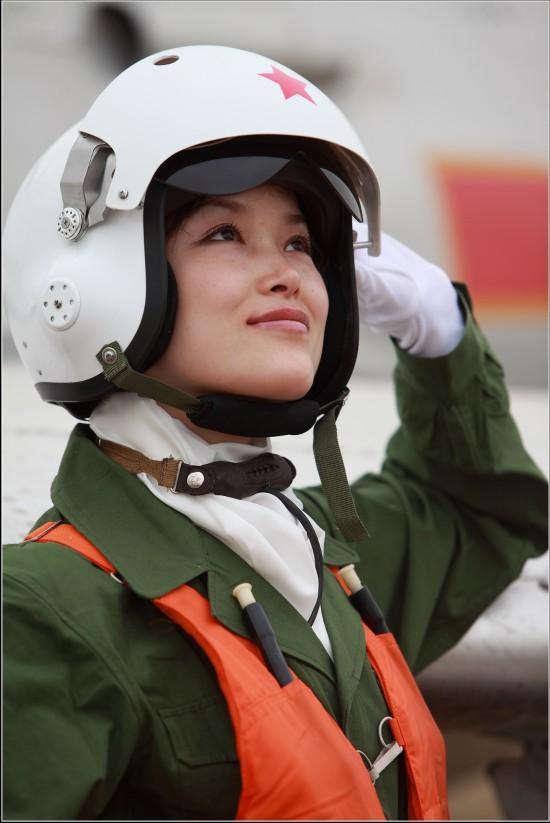 中国空军女飞行员高清图片