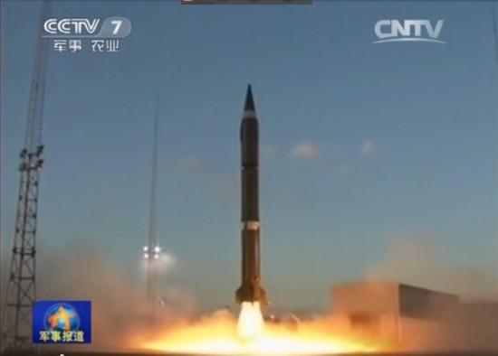 组图:二炮导弹在高原实战化发射画面曝光