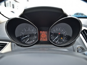 奇瑞汽车2013款艾瑞泽7高清图片