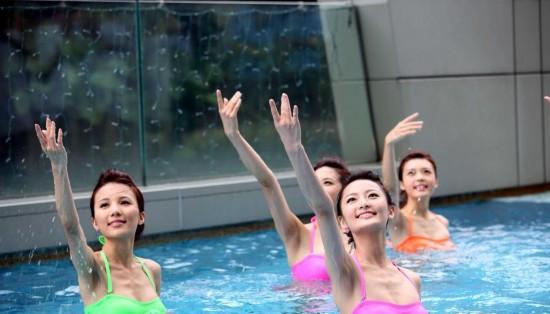 2014港姐10泳装图片 2014泳装mv歌曲