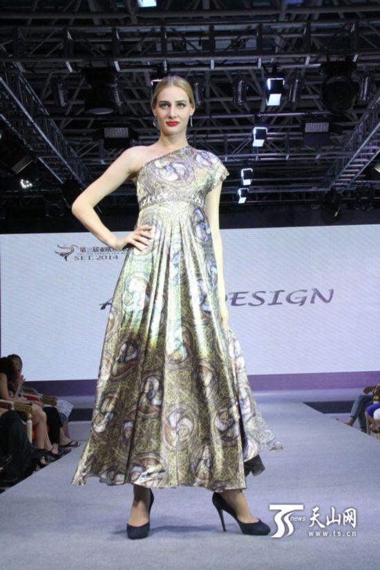 哈萨克斯坦著名服装设计师三上亚欧丝绸之路服装节【30】