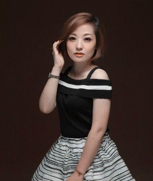 中国好声音第三季学员背景 张丹丹美女音乐老