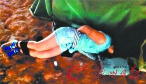 图片手脚被绑弃于桥底似被性侵少女惊悚疑自a图片小可爱qq女生网名图片