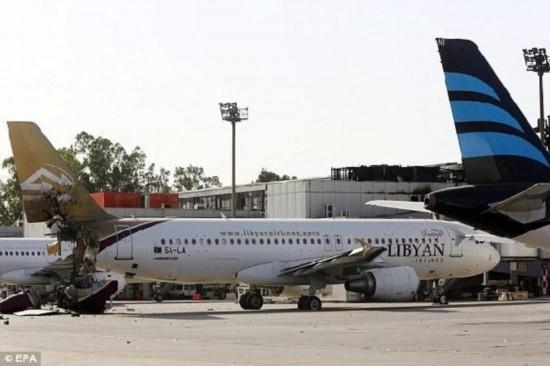 """组图:利比亚11架客机失踪或将再现""""911"""""""