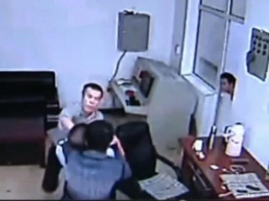 哈尔滨逃犯越狱完整监控曝光 看守所漏洞百出